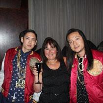 """J- Splif et Kev Nish du groupe """"Far East Movement""""et Anik couble - Lyon - 25 avril 2012"""