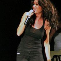 Jenifer sur la scène du Foot-Concert de Lyon, le 13/10/2012 © Anik COUBLE