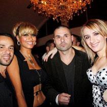 """Anthony, et une amie, Ludovic et Vanessa, lors de la soirée d'inauguration du restaurant """"Les Salins"""", à Lyon Confluence © Anik COUBLE"""
