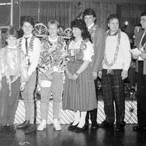v.l.:  Herbert Roth, Werner Beisch, Johann Waldhör, Markus Domesle, Waltraud Schäffler, Anton Nirschl, Peter Wiedenmann, Reinhard Fried