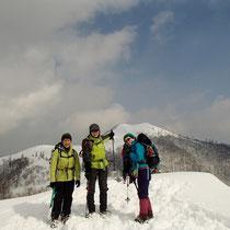 比良山系の主峰武奈ヶ岳が