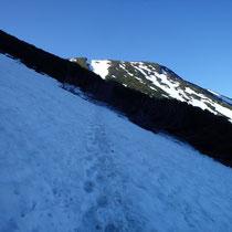 飛騨頂上まで、最後のトラバース。