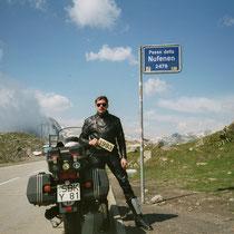 Nufenenpass (italienisch Passo della Novena) (2478 m) 46° 28′ 37″ N, 8° 23′ 16″ O