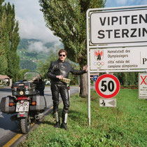 Sterzing (italienisch Vipiteno) (947 m)  46° 54′ N, 11° 26′ O