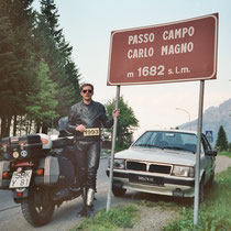 Campo Carlo Magno (Kaiser Karl der Große Pass) (1.682 m)   46° 14′ 33″ N, 10° 50′ 23″ O