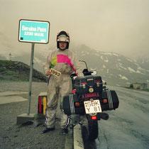 Berninapass (2.328 m)  46° 24′ 45″ N, 10° 1′ 43″ O