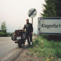 Klagenfurt (446 m)  46° 37′ 4″ N, 14° 18′ 20″ O