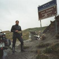 Grödner Joch (italienisch Passo Gardena) (2.137 m)  46° 33′ 0″ N, 11° 48′ 34″ O