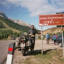 Karerpass (italienisch Passo di Costalunga) (1.752 m)  46° 24′ 16″ N, 11° 36′ 31″ O