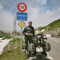 Grimselpass (2165 m)  46° 33′ 40″ N, 8° 20′ 12″ O