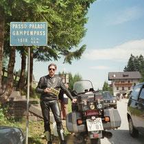 Gampenpass, auch als Gampenjoch (italienisch Passo delle Palade) (1.518 m)  46° 31′ 50″ N, 11° 6′ 44″ O