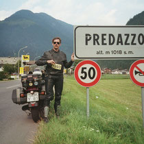 Predazzo (deutsch veraltet Pardatsch) (1.018 m)  46° 19′ 0″ N, 11° 36′ 0″ O