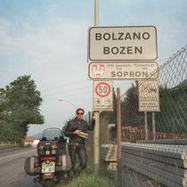 Bozen (italienisch Bolzano) (267 m)  46° 30′ N, 11° 21′ O