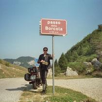 """Passo della Borcola (1.250 m)   45° 49' 39.4536"""" N, 11° 12' 24.192"""" O"""