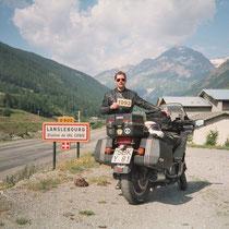 """Lanslebourg-Mont-Cenis (1396 m)  45° 17' 8.0196"""" N, E 6° 52' 32.3868"""" O"""