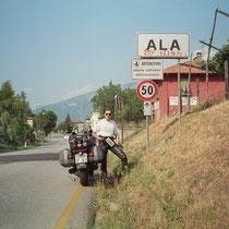 Ala (210 m) 45° 45′ 0″ N, 11° 0′ 0″ O