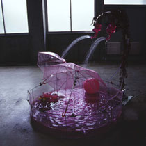 Possibility of Sculpture H 190 × 200 × 200cm Iron,Vinyl chloride,Water pump,Vinyl tube,Artificial ivy,Watering can,Vinyl umbrella,Beach ball,Bath additive,Plastic toy 2002