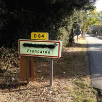 Non aux noms français