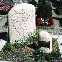 Familiengrabstein Nr. 8