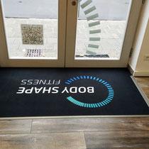 gedruckter Teppich für den Eingangsbereich