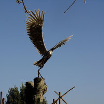 The chained eagle rising over Tennessus medieval castle B&B bed and breakfast