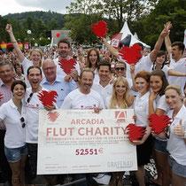 Mit einer Spendensumme über 50.000 Euro sind nicht nur unsere Stars und Gäste zufrieden, den Flutopfern ist es eine gewaltige Hilfe.