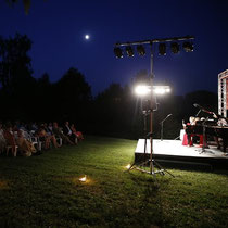 Während der Abendveranstaltung am Arcadia Hotel konnten sich die Gäste in freier Natur von besonderer Musik verzaubern lassen.
