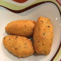 Bacalhau gibt es in vielen Varianten, hier als knusprig frittierte Bällchen