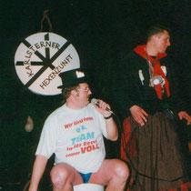 Zunftmeister Markus mit seiner Kloschüsselbütt