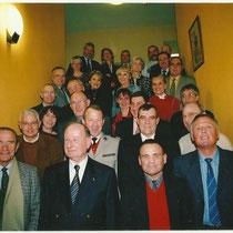 2002, les anciens du 110 avec le Gal Schwartz 75-77 et le Col Doucet.