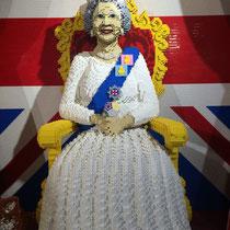 Reina Isabel II de Inglaterra de Lego, juguetería Hamleys, Londres. Enviada por Jose María