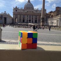 Plaza de San Pedro, Ciudad del Vaticano. Enviada por Carlos