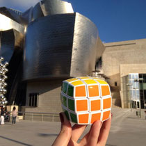 Museo Guggenheim de Bilbao, Vizkaya, España. Enviado por Victoria