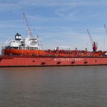 Mützelfeldtwerft im Amerikahafen von Cuxhaven