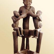 Maternité de l'ethnie Bamoun