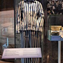 20) Gevangenenpak, onderdeel van expositie