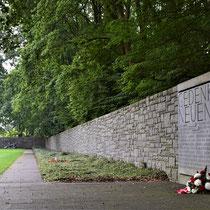 Monument met beeld