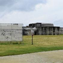 88. Buitenterrein van het Fort - achterkant
