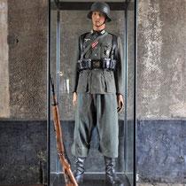 34. Uniform bewaker