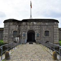 09. Ingang Fort van Breendonk dichtbij