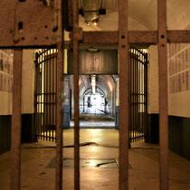 61. Zicht vanuit het achterste deel van het Fort naar de ingang van het Fort