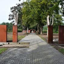 Poort naar het gevangenenkamp