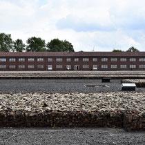 Gegangenenkamp - zicht op gebouw 2