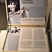 Koffer met informatie over de Nederlandse jongen Alexander Hornemann - broer van Eduard Hornemann