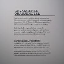 Informatiebord over gevangenen van Oranjehotel