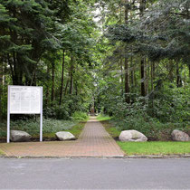 02. Locatie voormalig kampterrein Neusustrum - pad loopt naar SA-monument