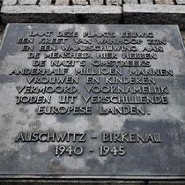 Nederlandse herdenkingsplaat bij Memorial Monument Birkenau