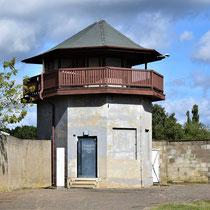 Wachttoren bij Russisch kamp