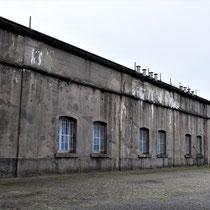 24. Rechter binnenplaats van het Fort