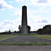 Achter monument